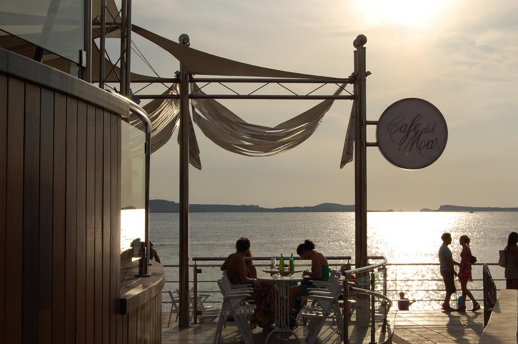 ibiza Cafe Del Mar