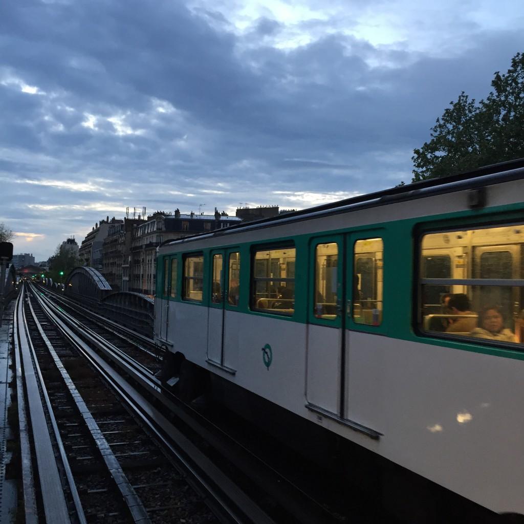 paris-metro-gidelim-buralardan