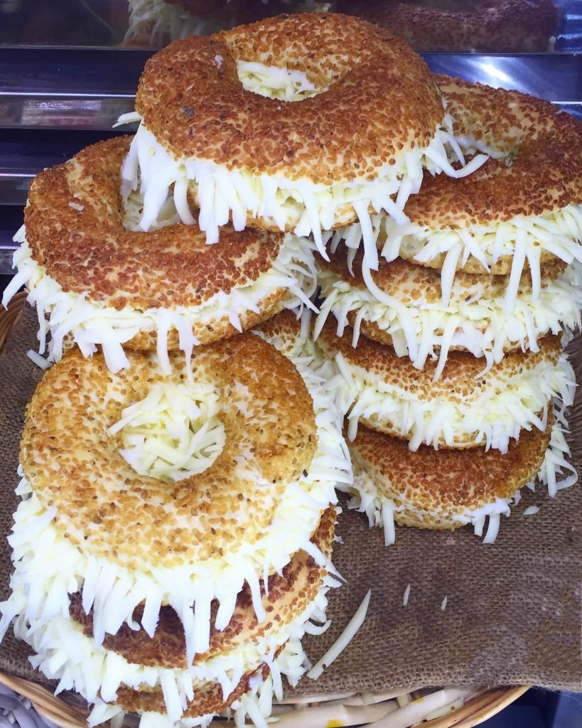 bozcaada-ne-yenir-pastane-cicek-pastanesi